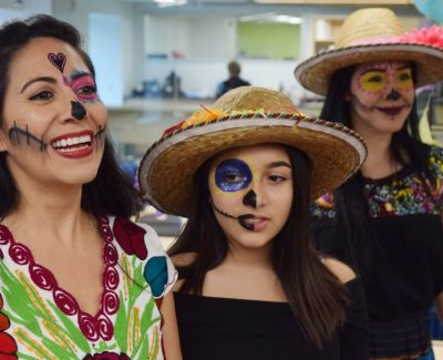 Dia de Muertos pays respect to Mexican students' beloved ancestors