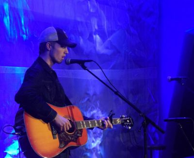 Cohen hit highlights open mic night at Algonquin Observatory