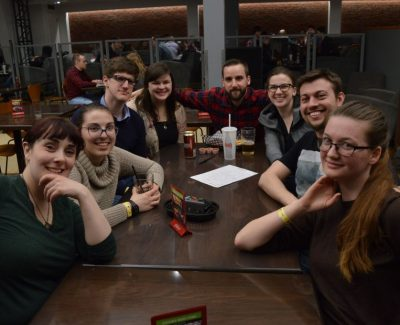 Final trivia night draws 100 competitors