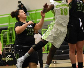 Women's Thunder blows past Colts