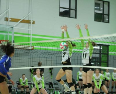 Thunder women dominate Grizzlies in volleyball home opener
