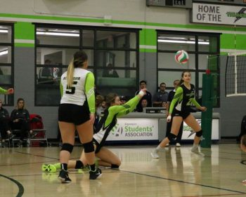 Thunder women's volleyball squad keep streak alive