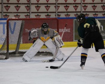Algonquin hosts teacher vs. student hockey games part of Pembroke's Winterfest