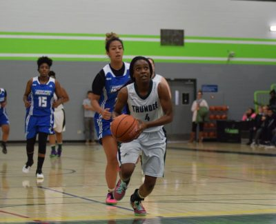 Algonquin Thunder breaks through defence