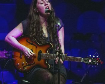 Algonquin gets intimate and acoustic