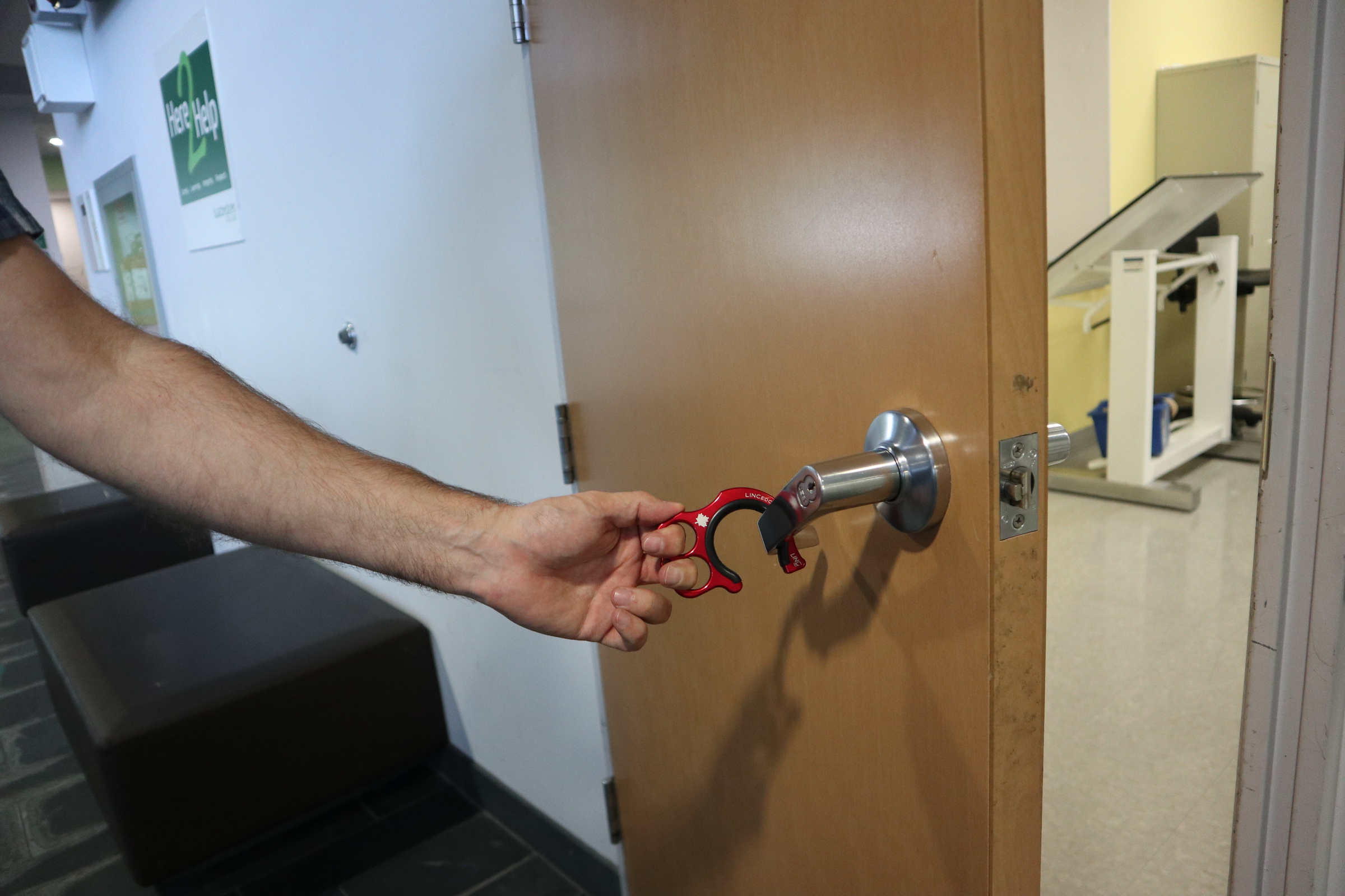 Contact-free and safe method to open doors