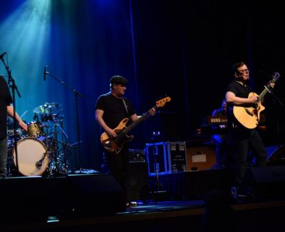 Algonquin goes 500 miles for Proclaimers