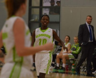 Another win for Thunder women's basketball